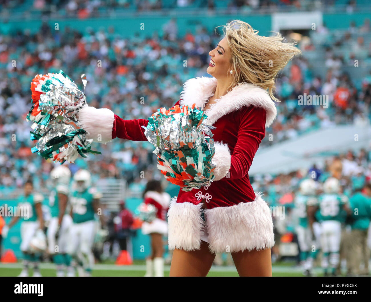 6ca06496 Cheerleader Outfit Stock Photos & Cheerleader Outfit Stock Images ...