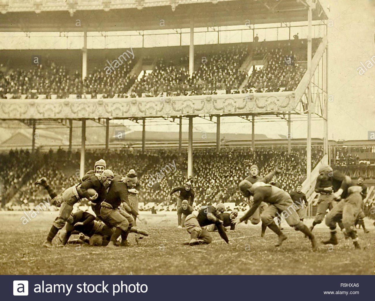 Annual Army v Navy game, Polo Grounds, New York 1916. - Stock Image