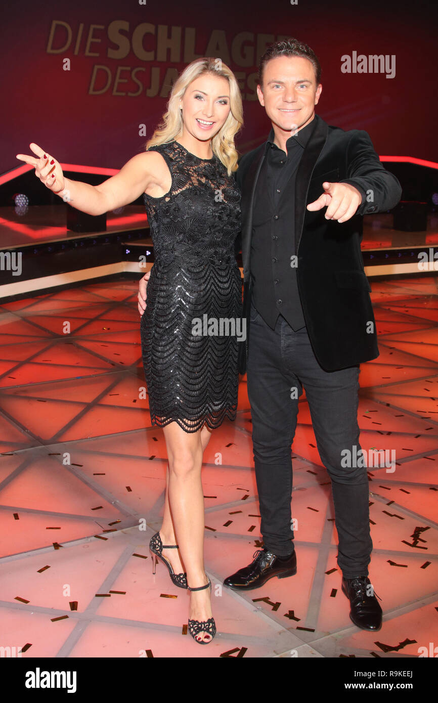 Guests at german tv show 'Schlager des Jahres 2018' in Suhl  Featuring: Anna Carina Woitschak, Stefan Mross Where: Suhl, Germany When: 23 Nov 2018 Credit: Becher/WENN.com - Stock Image