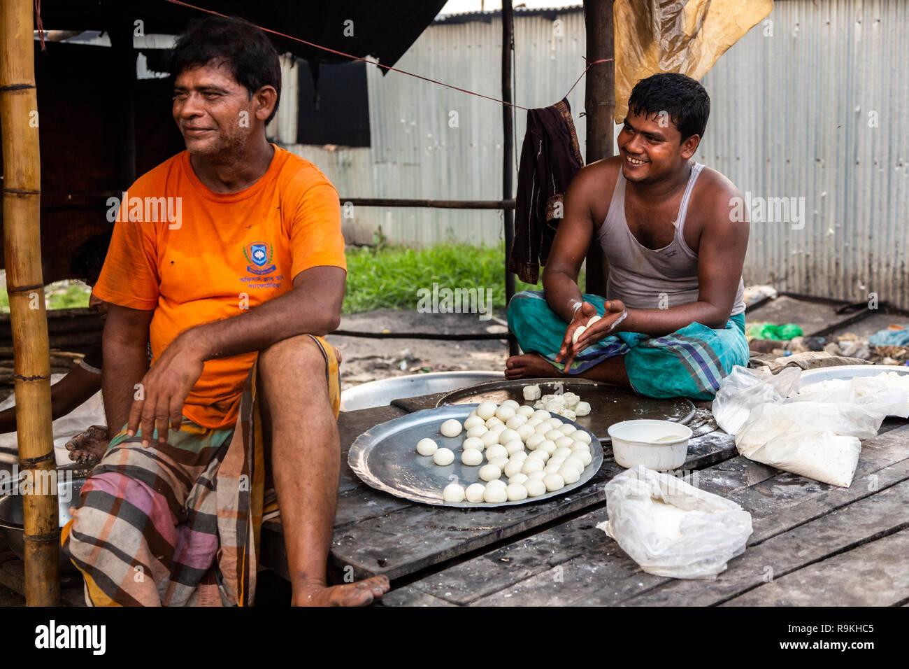 Making Traditional Bangladeshi/Indian sweet - Stock Image