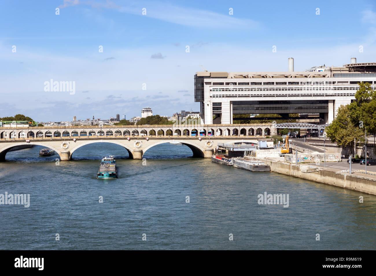 Bercy bridge over the Seine - Paris - Stock Image