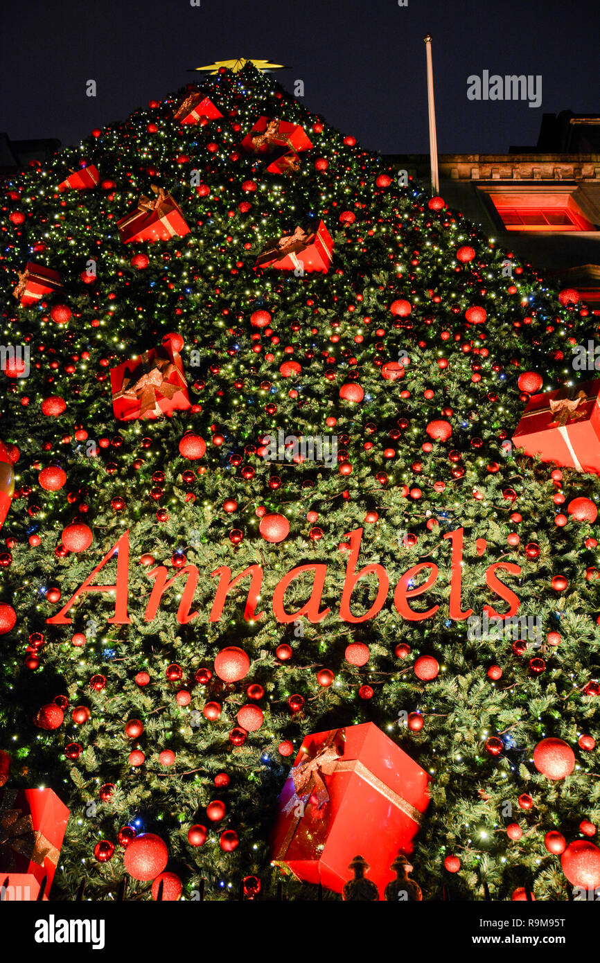 Festive Christmas decorations outside Annabel's  - a Private Members club in Mayfair, London, UK - Stock Image