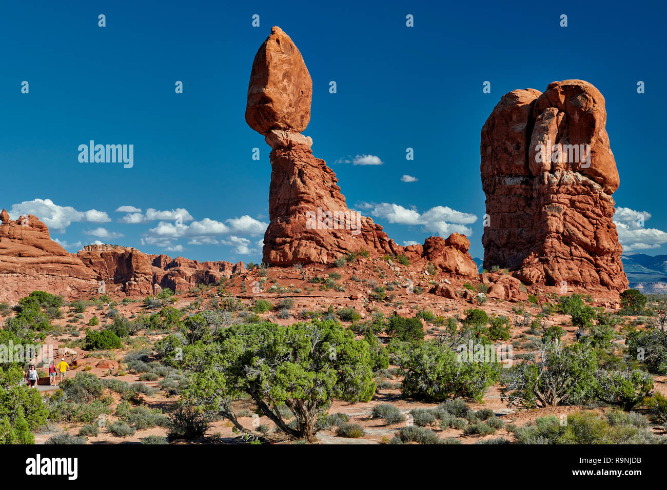 Balanced Rock in Arches National Park, Moab, Utah, USA, North America Stock Photo