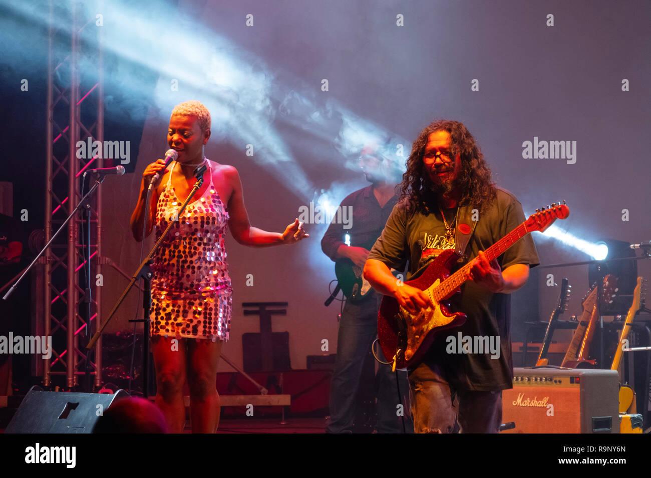 Musician Raimundo Amador. Summer music festival concert, white village of Mijas Pueblo. Malaga province, Costal del Sol. Andalusia, Southern Spain. Eu - Stock Image