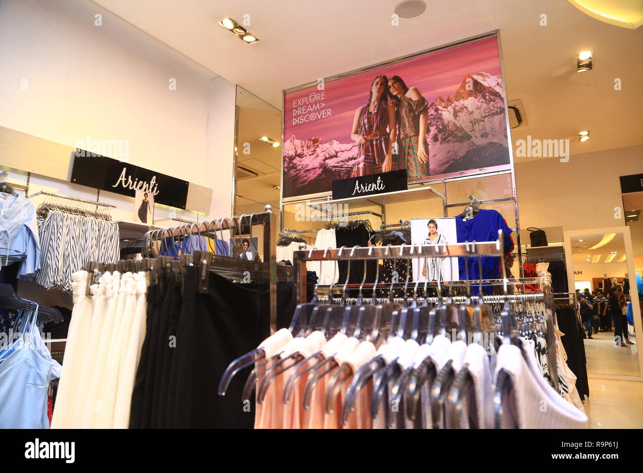 e707b647c COLOMBO, SRI LANKA - SEPTEMBER 05, 2016: Wide View of Ladies wear Clothes