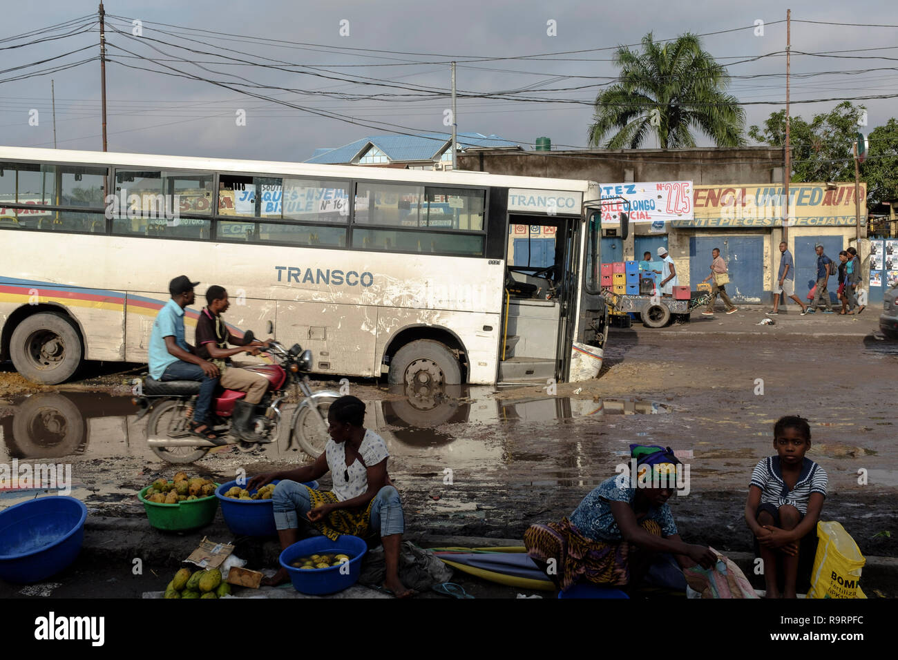 Democratic Republic Congo Housing Stock Photos & Democratic Republic