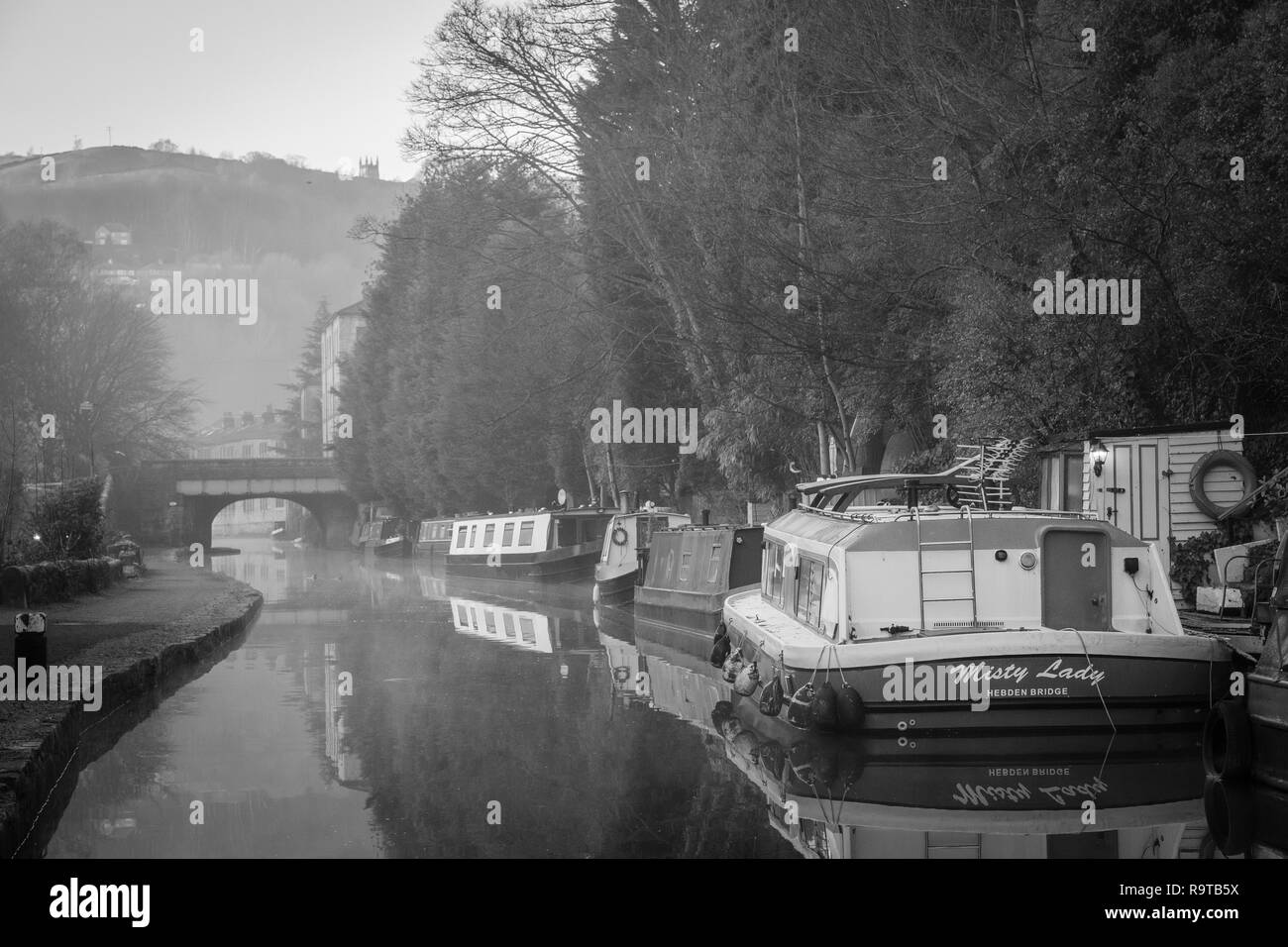 The Rochdale Canal, Hebden Bridge, Calderdale, West Yorkshire, England, UK. - Stock Image