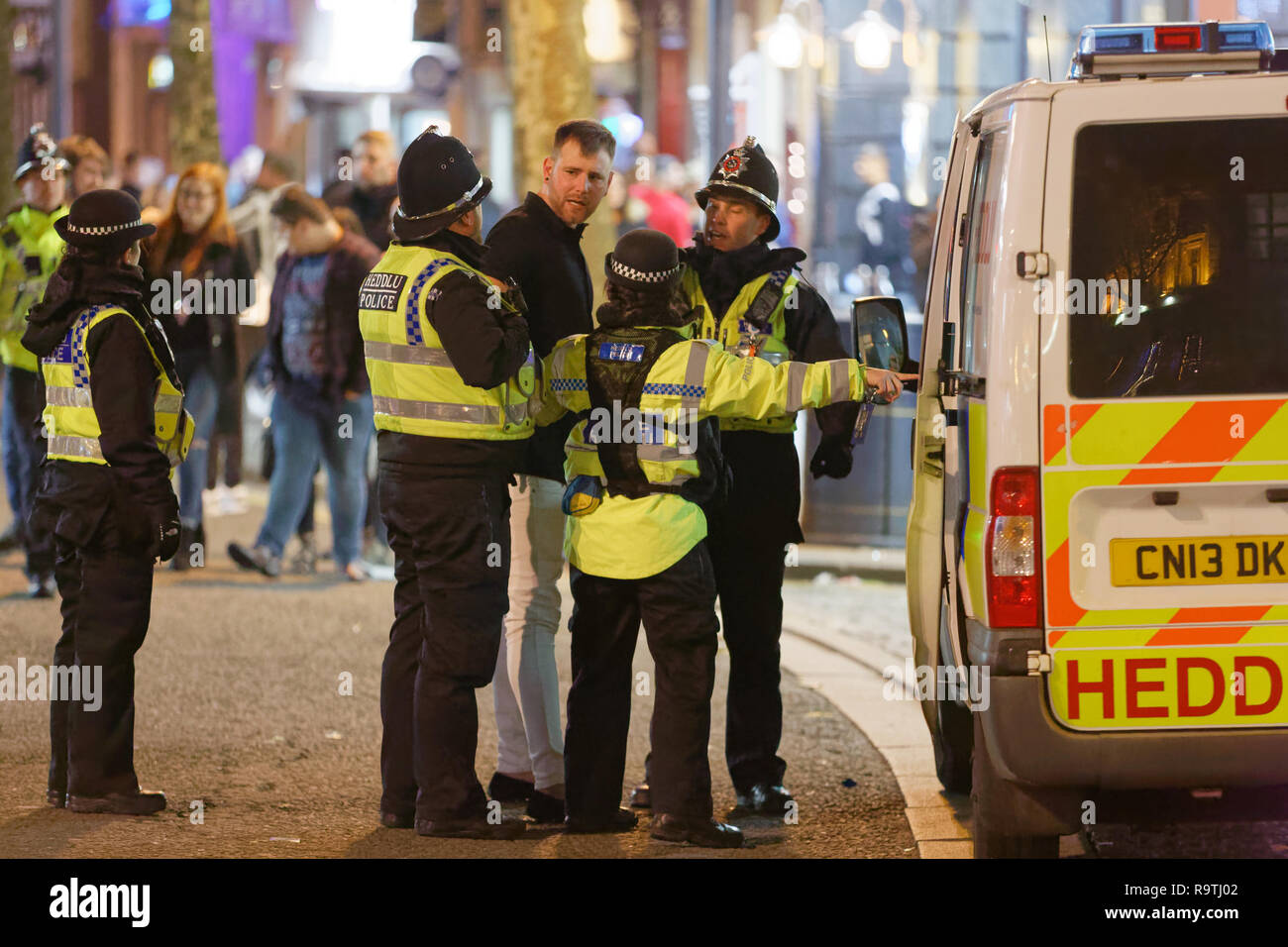 Police Arrest Stock Photos & Police Arrest Stock Images - Alamy