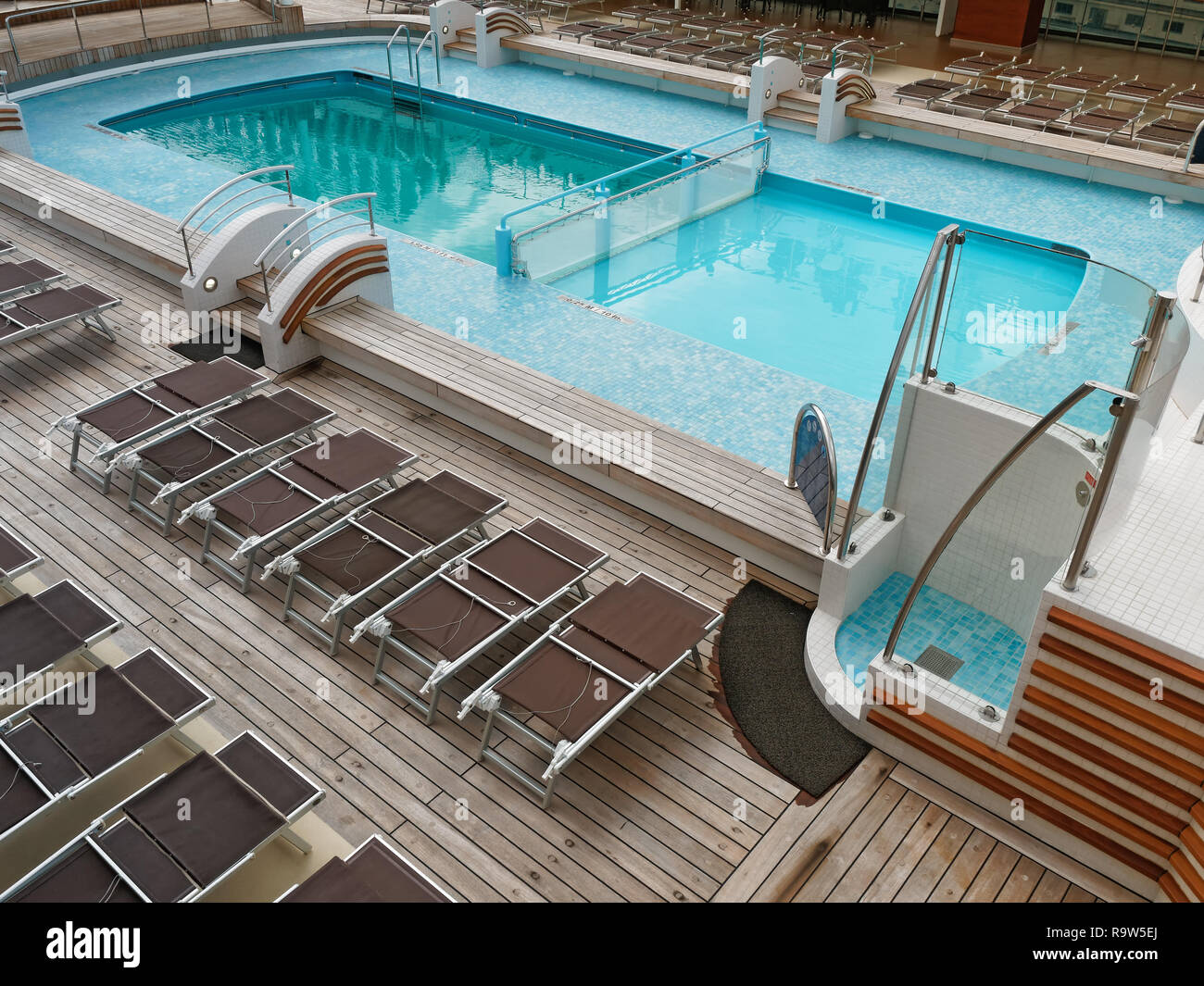 Empty Swimming pool in a cloudy day Stock Photo: 229819818 ...