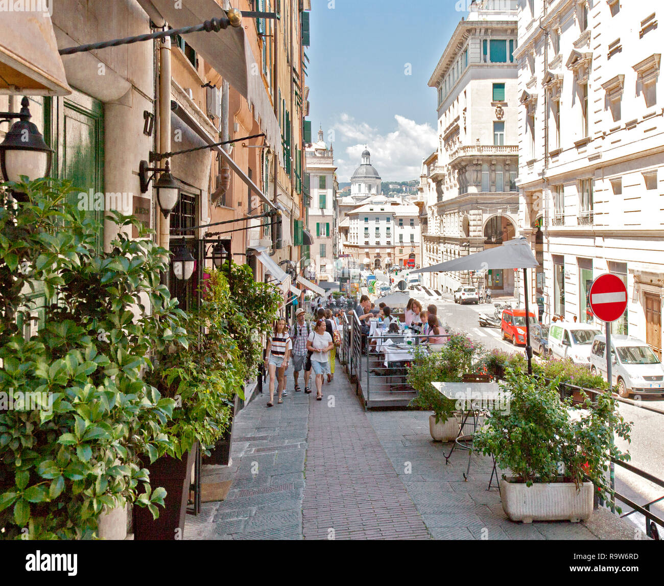 Genoa Italy High Resolution Stock Photography And Images Alamy
