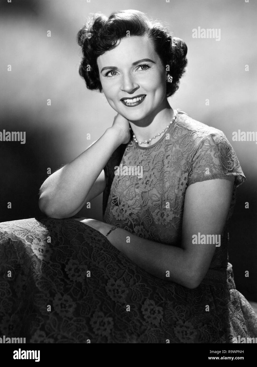 BETTY WHITE -- Pictured: Actress Betty White -- (Photo by: NBC/NBCU Photo Bank via Getty Images) - Stock Image