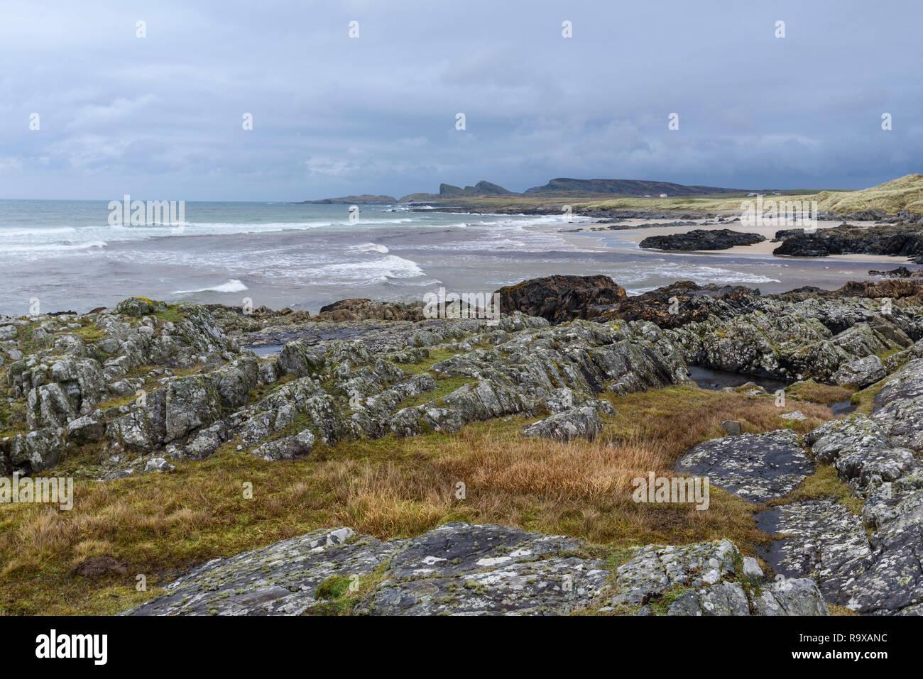 Rocky shore of Saligo Bay, Rhinns of Islay, Inner Hebrides, Argyll & Bute, Scotland - Stock Image