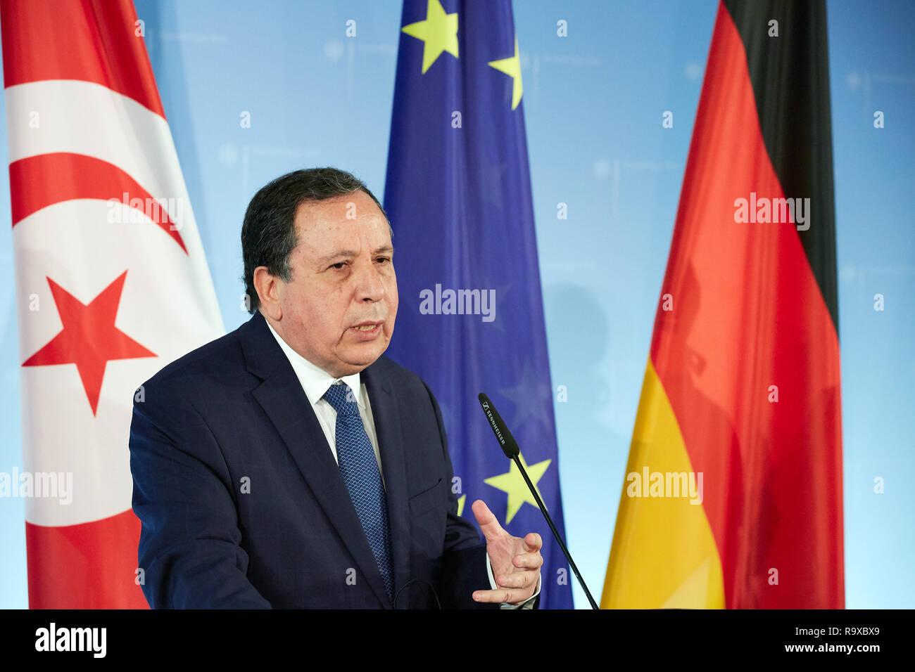 17.10.2018, Berlin, Deutschland - Der tunesische Aussenminister Khemaies Jhinaoui. 00R181017D039 [MODEL RELEASE: NO, PROPERTY RELEASE: NO (c) caro ima - Stock Image