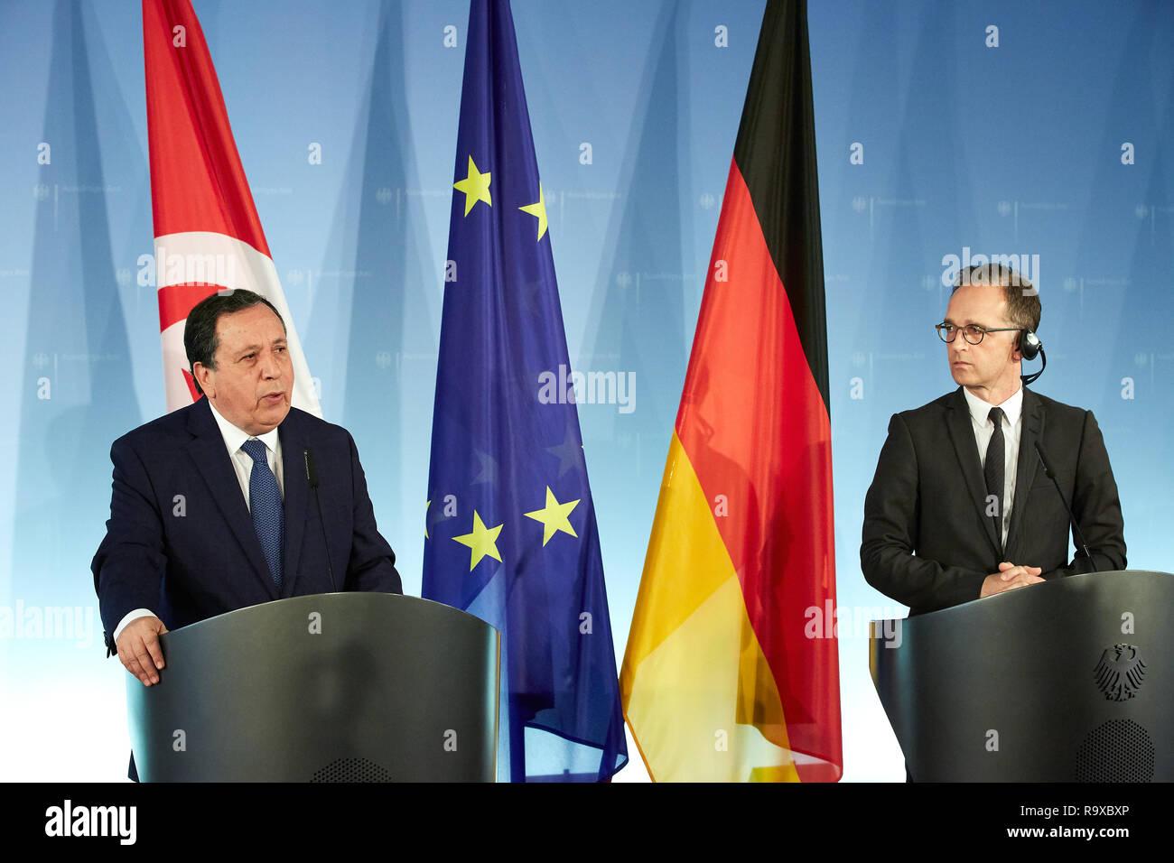 17.10.2018, Berlin, Deutschland - Bundesaussenminister Heiko Maas und der tunesische Aussenminister Khemaies Jhinaoui bei der gemeinsamen Pressekonfer - Stock Image