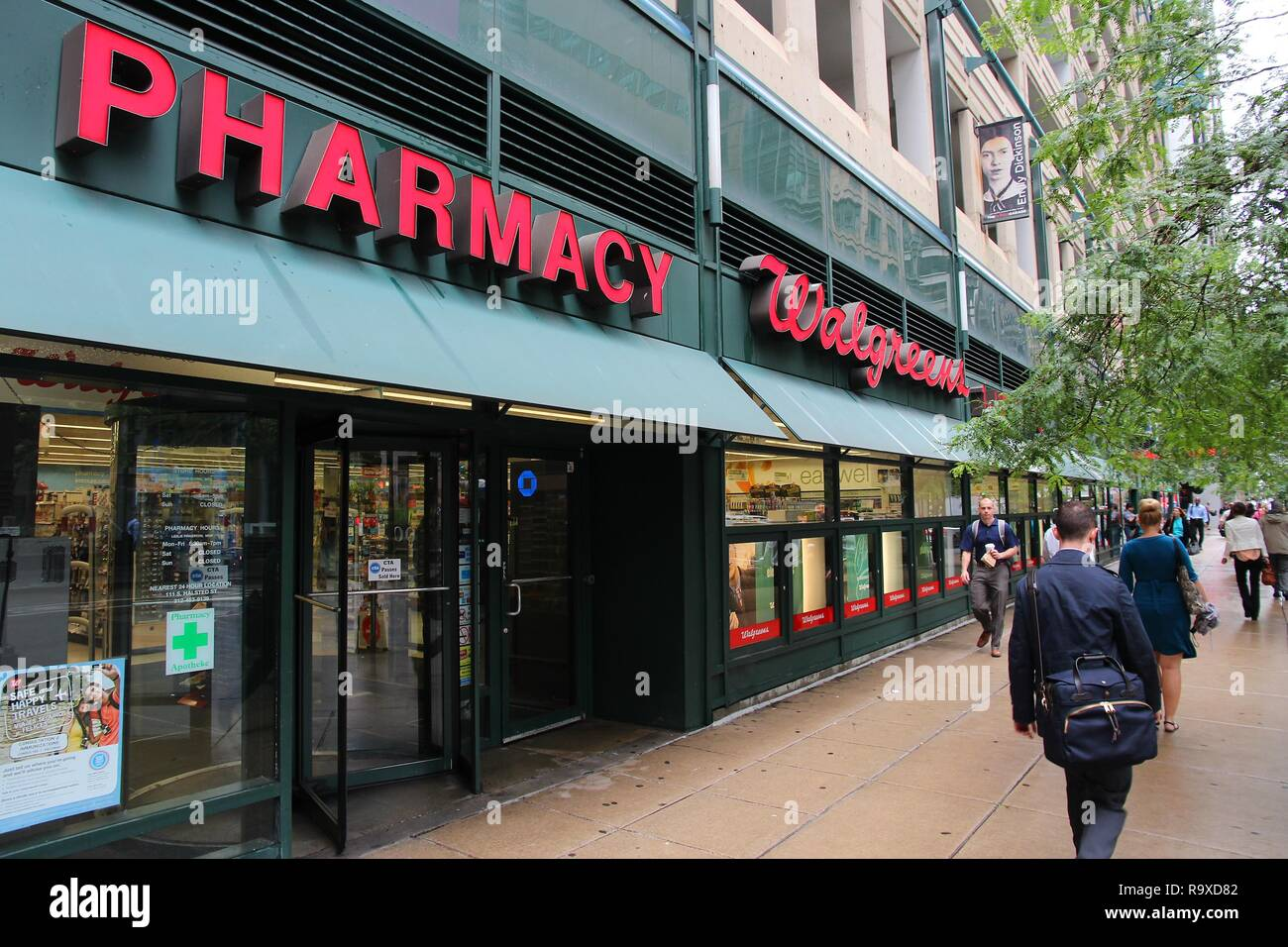 pharmacy usa shopping stock photos  u0026 pharmacy usa shopping