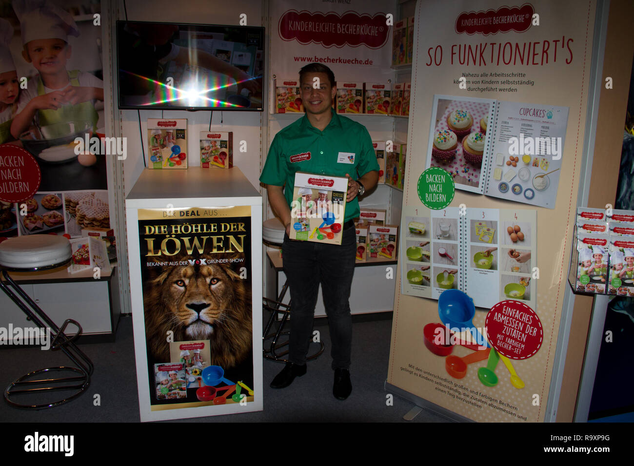 a kids backing book of 'die höhle der löwe' at the book fair 2016 in frankfurt am main germany - Stock Image