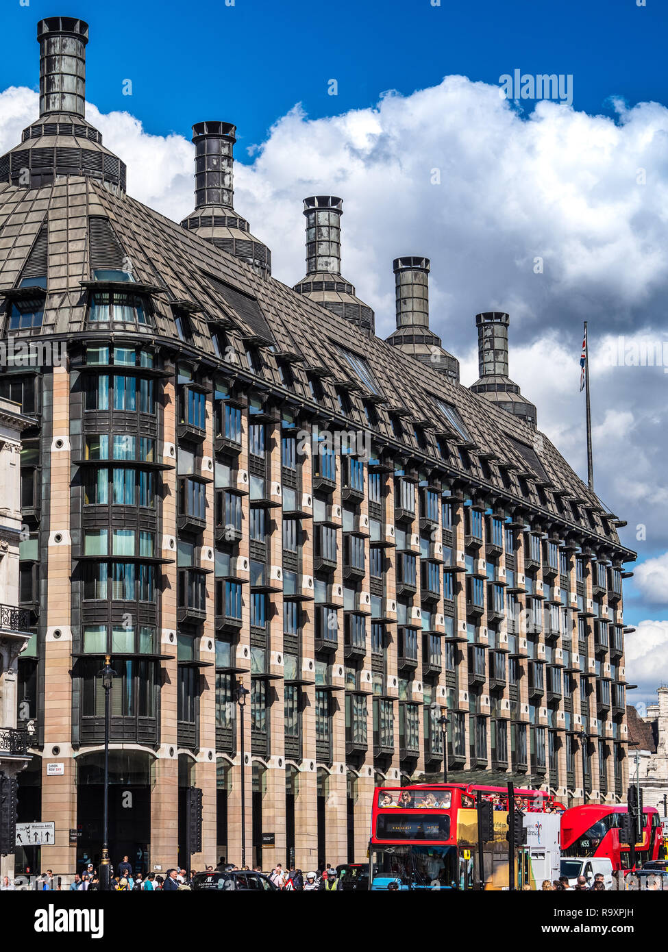 Portcullis House Westminster London - Office Building for UK MPs - Opened 2001 Architects Michael Hopkins and Partners - Stock Image