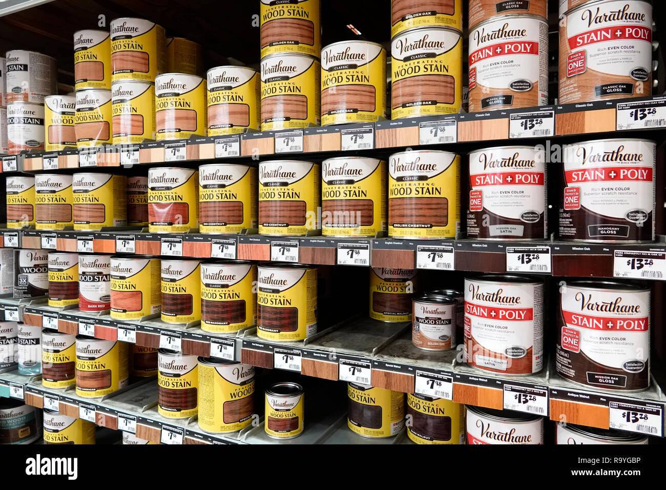 Miami Florida The Home Depot inside hardware big box store do it yourself shopping display sale shelves wood stain Varathane - Stock Image