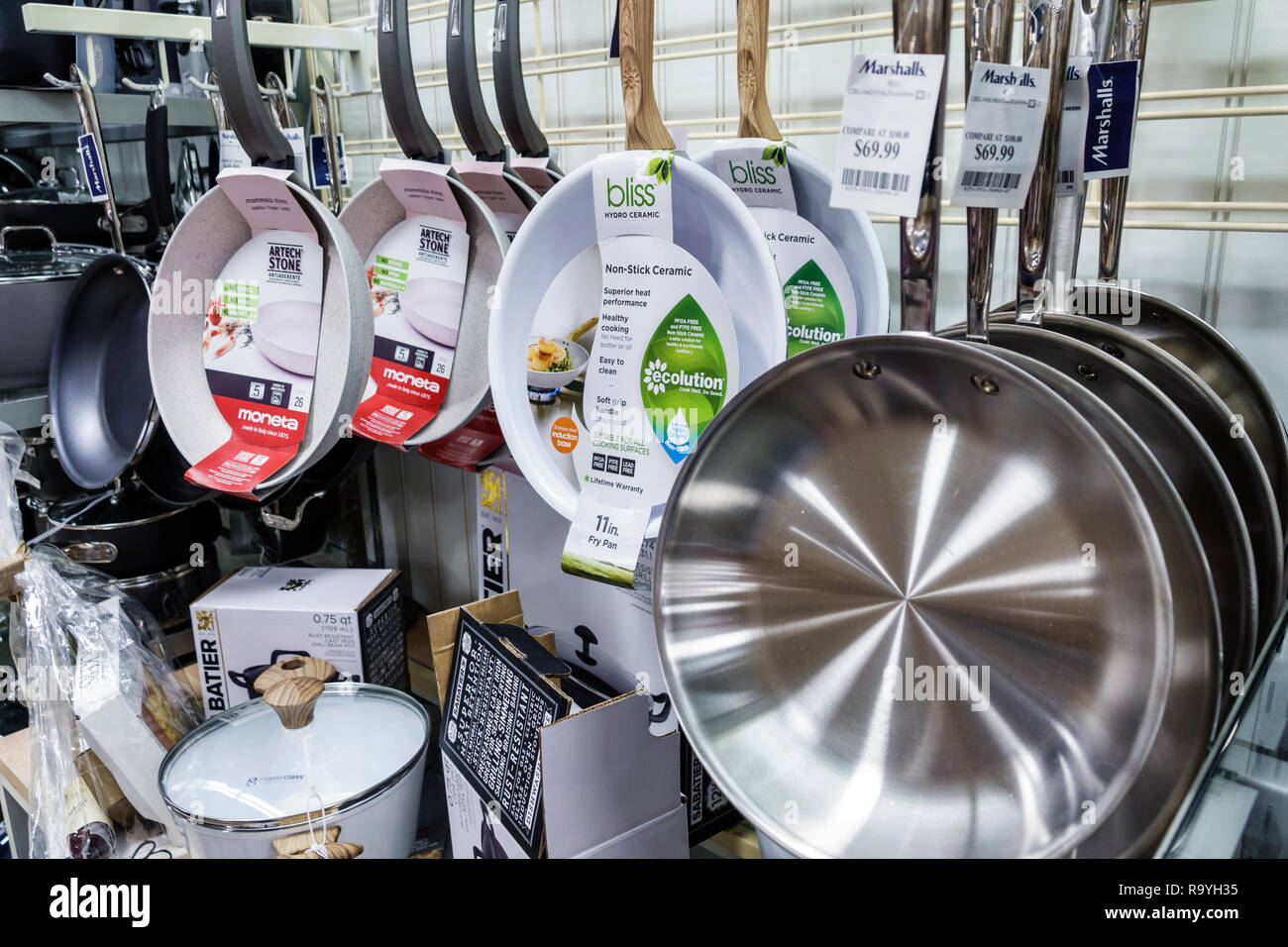 Fort Ft. Lauderdale Florida Sunrise Sawgrass Mills Mall shopping Marshalls Discount Department Store inside display sale cooking pans - Stock Image