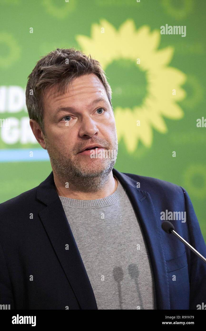 05.11.2018, Berlin, Deutschland - Robert Habeck, Bundesvorsitzender Buendnis 90/DIE GRUENEN. 00R181105D306CARO.JPG [MODEL RELEASE: NO, PROPERTY RELEAS Stock Photo