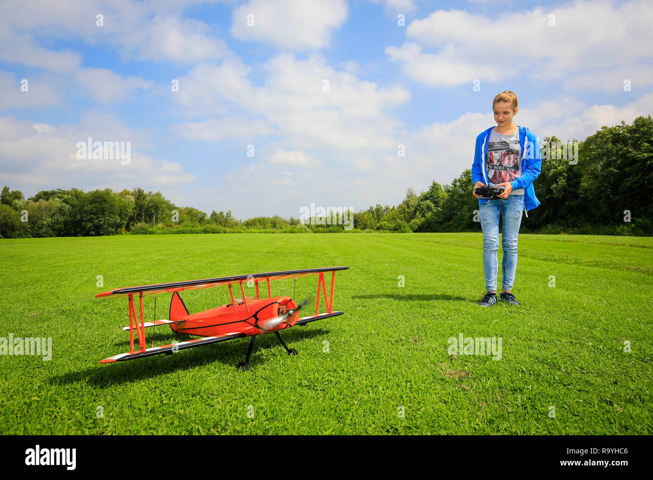 13.08.2016, Essen, Nordrhein-Westfalen, Ruhrgebiet, Deutschland - Der Hallopark im Essener Norden ist eine der aeltesten Gruenanlagen Essens, Flugmode - Stock Image