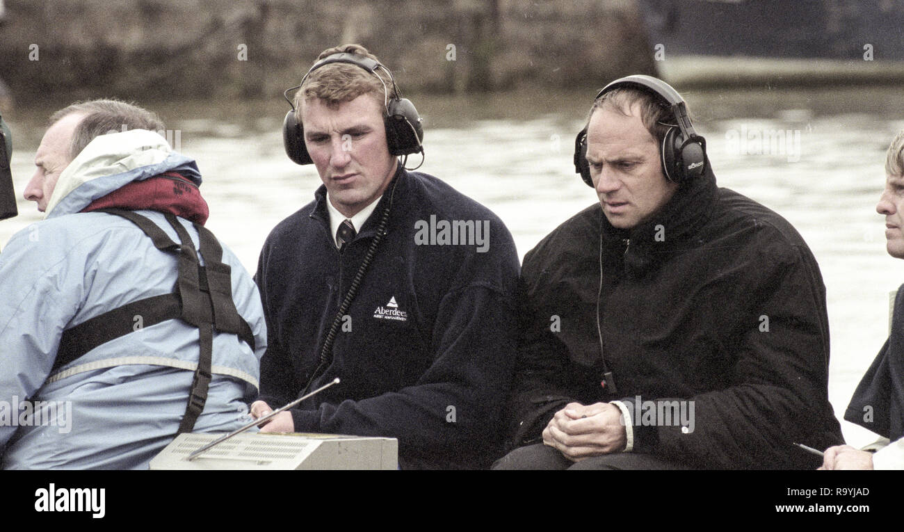 London, Great Britain,  Left, Matthew PINSENT and Steve REDGRAVE, commentating on the race 147th Oxford vs Cambridge Varsity Boat Race, Over the Championship Course, Putney To Mortlake. 24.03.2001  [Mandatory Credit: Peter SPURRIER/Intersport Images] - Stock Image