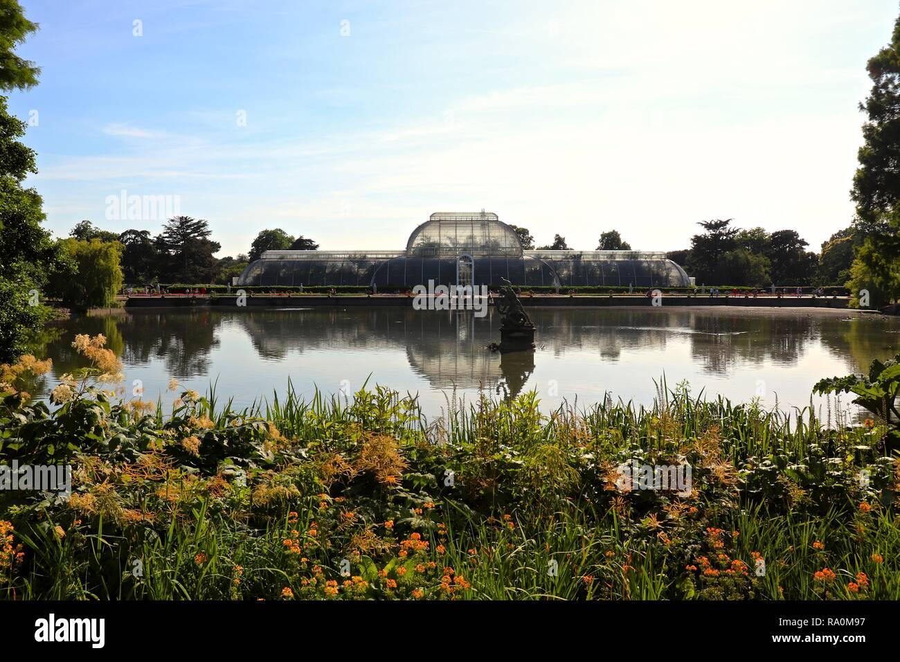 Kew Gardens, The Royal Botanical Gardens - Stock Image
