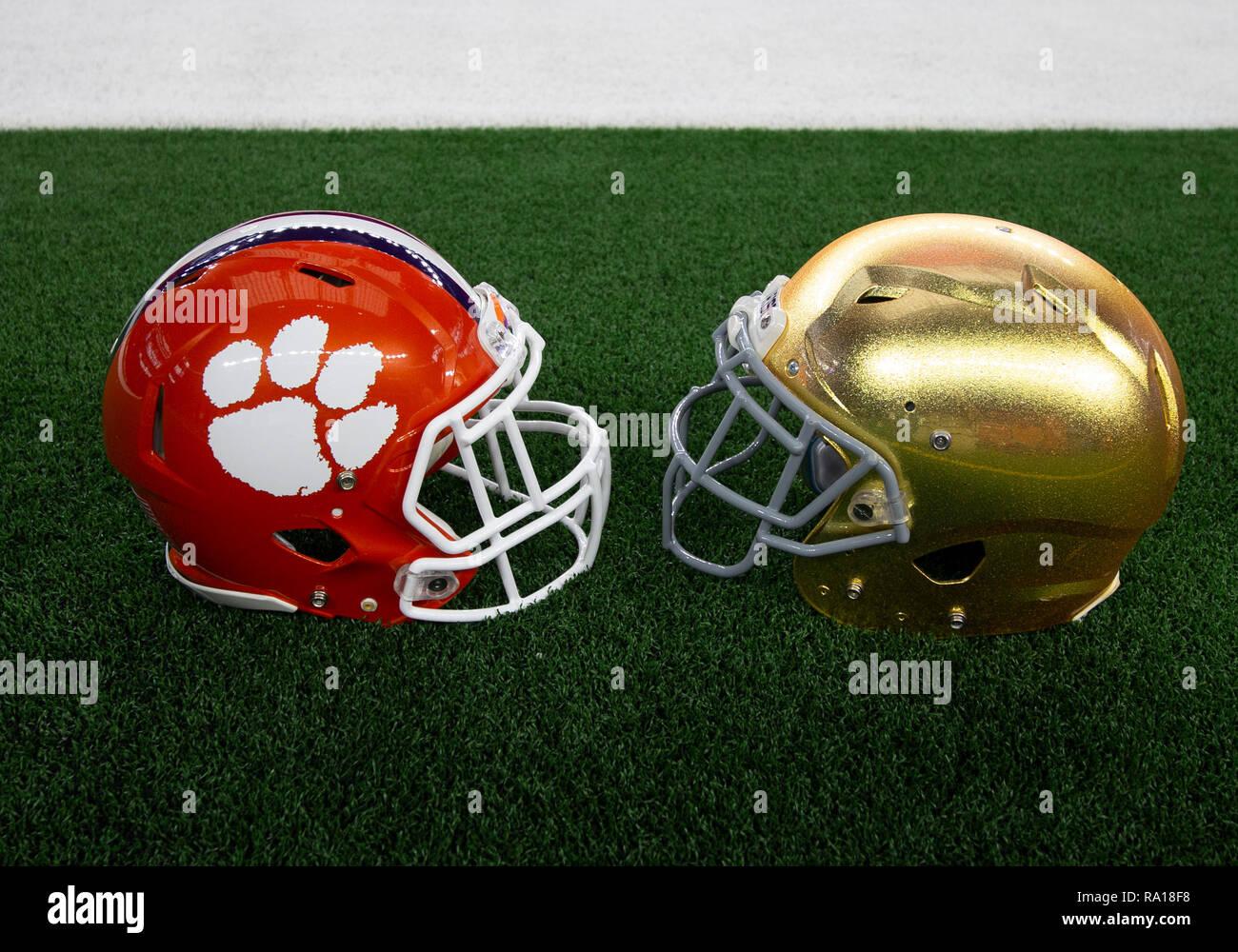 c7613e0d49f8 Sports Souvenirs Notre Dame Fighting Irish 2011 NCAA MINI Helmet Gridiron  Football Helmets