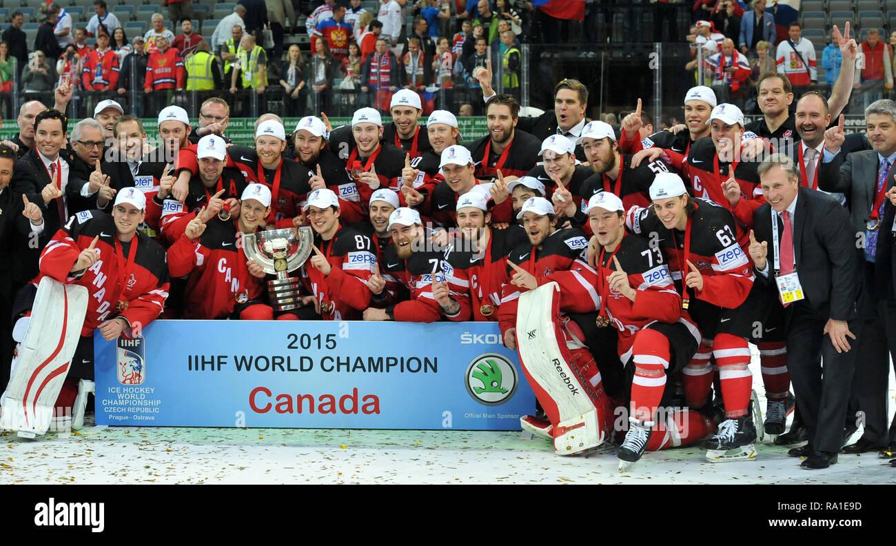 Sammeln & Seltenes Eishockey Fahne Banner 2015 Ice Hockey World Championship Czech Republic Prag Ostarva #16
