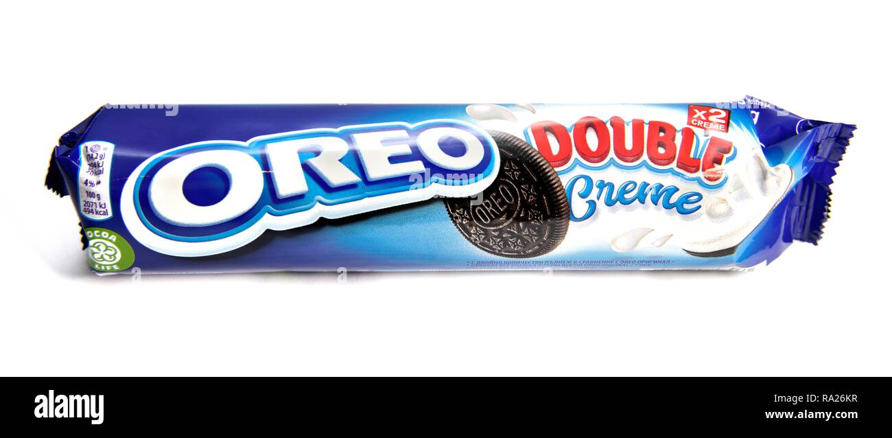 Oreo double creme biscuits retail pack - Stock Image