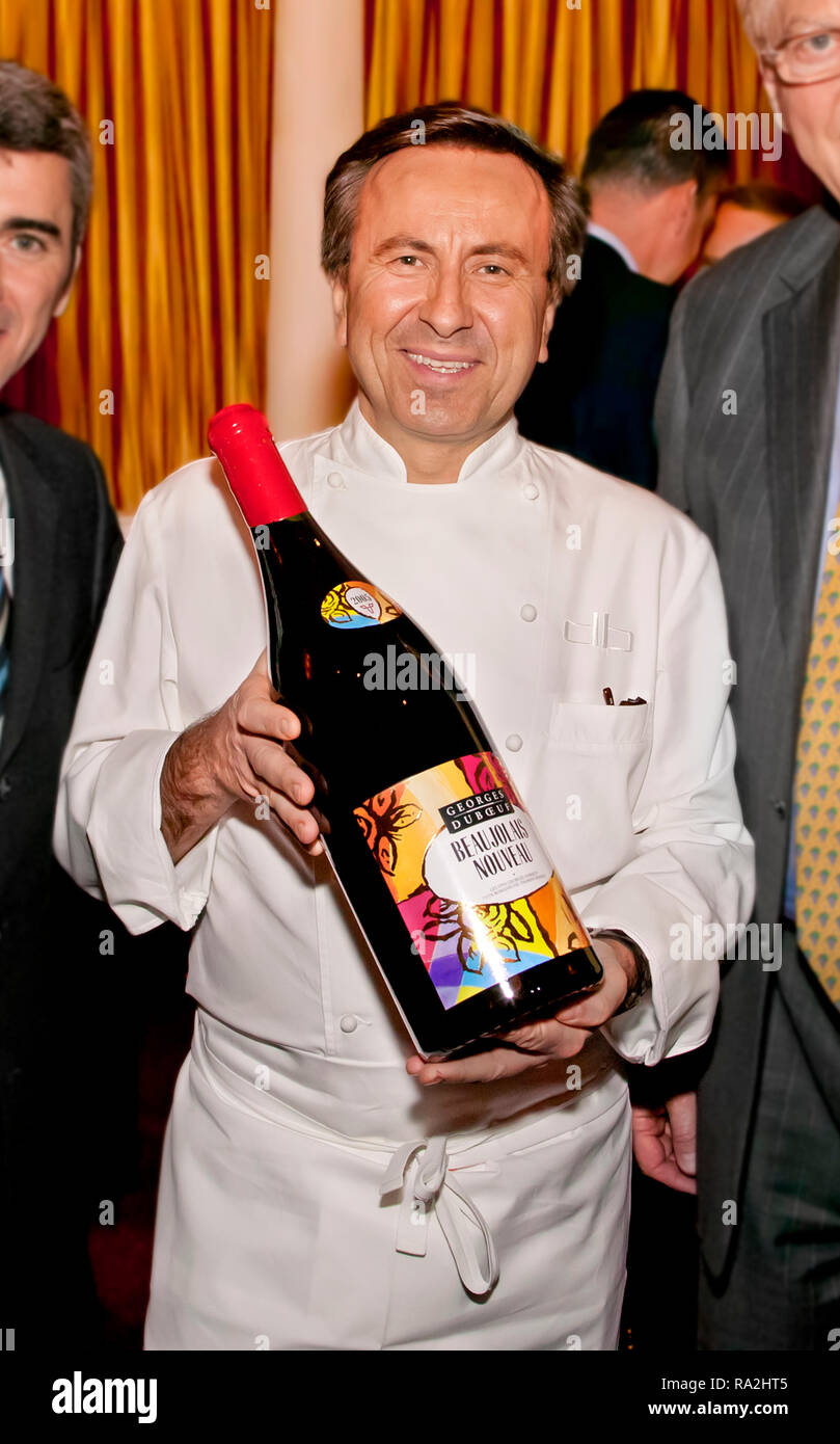 Chef Daniel Boulud celebrating the first bottle of beaujolais nouveau brought over to America from France Stock Photo