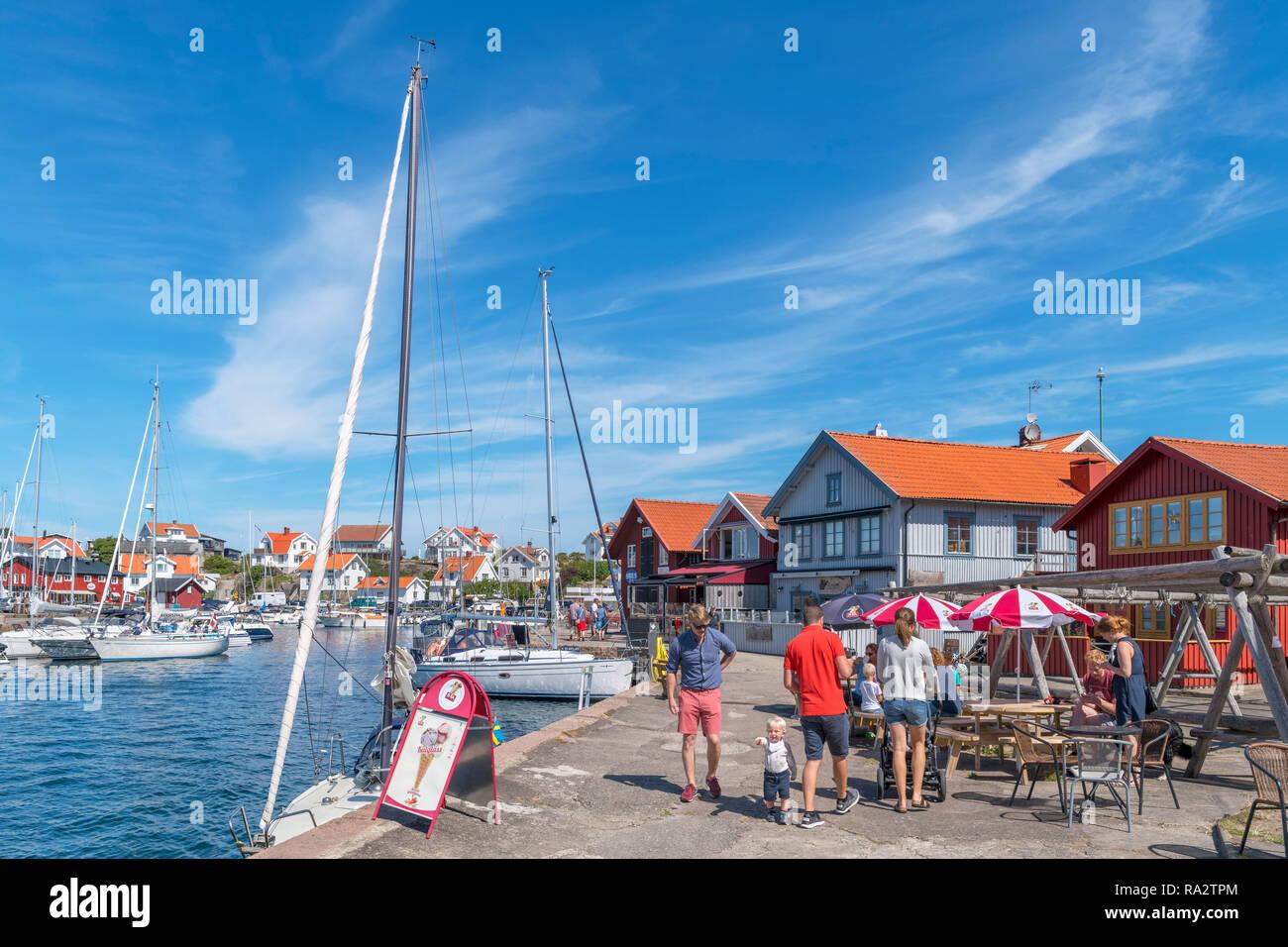 The harbour in the fishing village of Mollösund, Orust, Bohuslän Coast, Götaland, Sweden - Stock Image