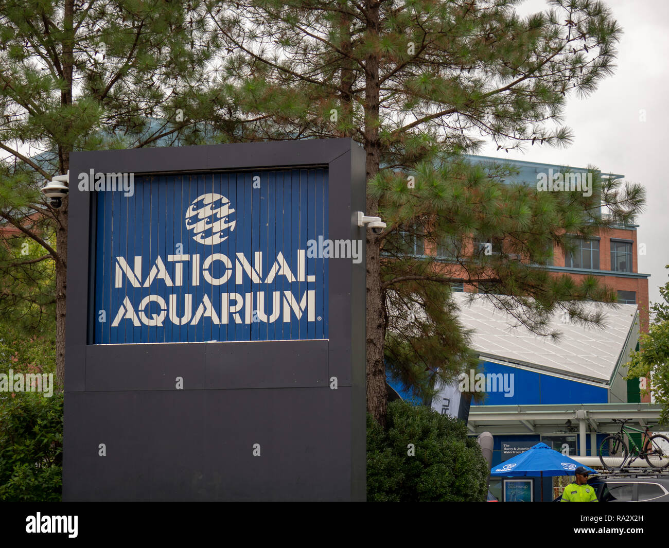 National Aquarium logo sign on the Baltimore Inner Harbor - Stock Image