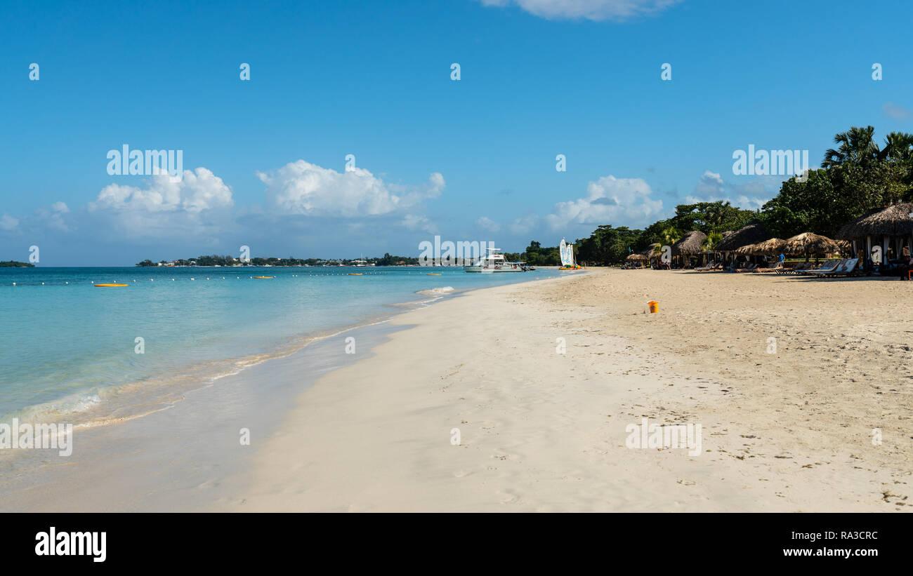 7 mile beach Jamaica - Stock Image