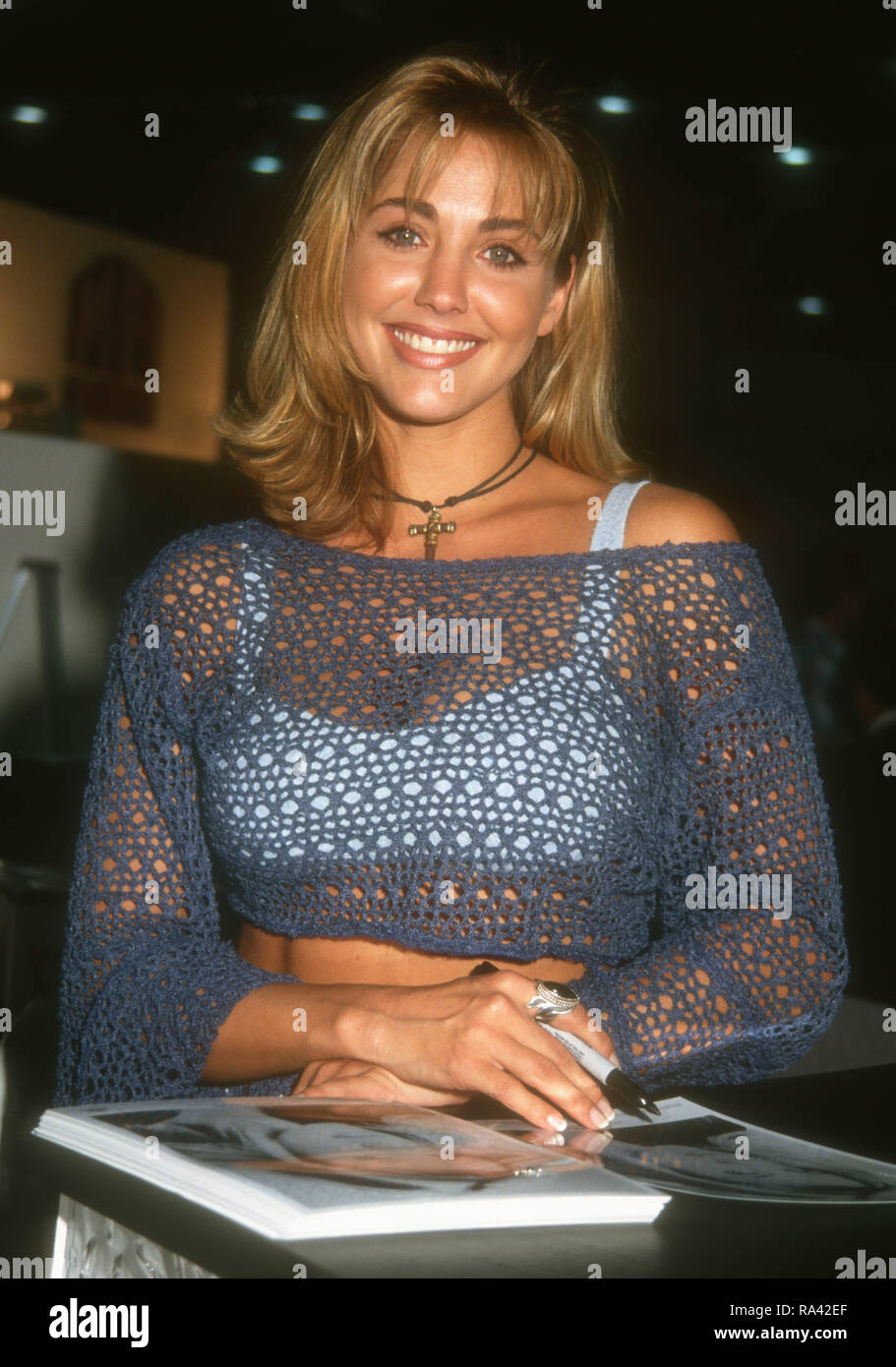 Communication on this topic: Molly Sims USA 	1 	2001, bobbie-phillips/