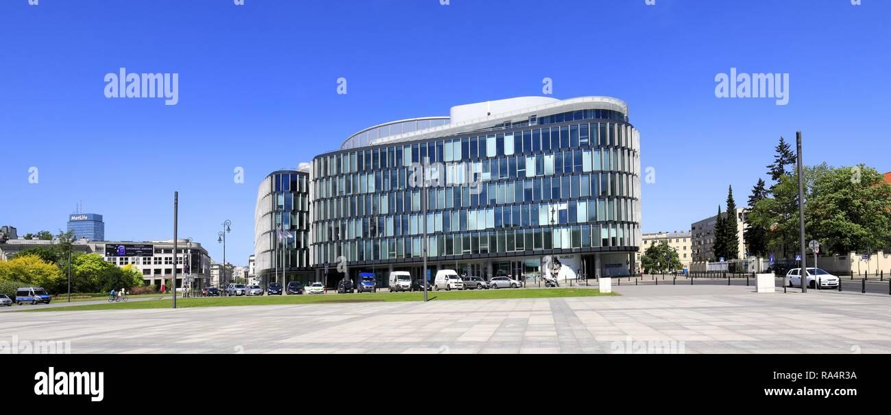 Polska - Mazowsze - Warszawa - Centrum - Budynek biurowy Metropolitan przy pl. Pilsudskiego - projekt architektoniczny Norman Foster  Poland - Mazovia - Warsaw - Center - Metropolitan office building - Stock Image