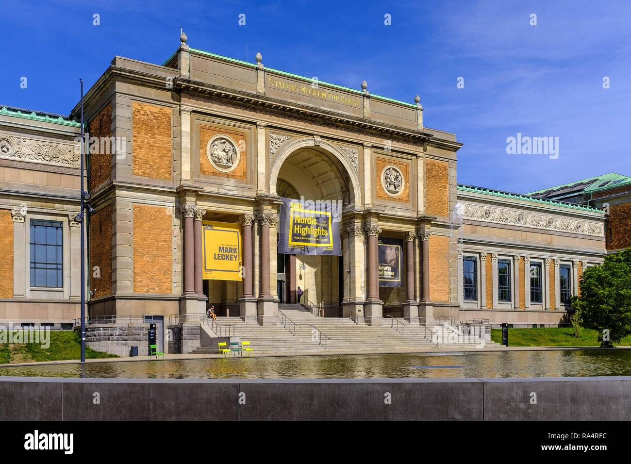 Dania - region Zealand - Kopenhaga - Panstwowe Muzeum Sztuki glowny budynek - Galeria Narodowa Denmark - Zealand region - Copenhagen city center - National Gallery main building - Stock Image