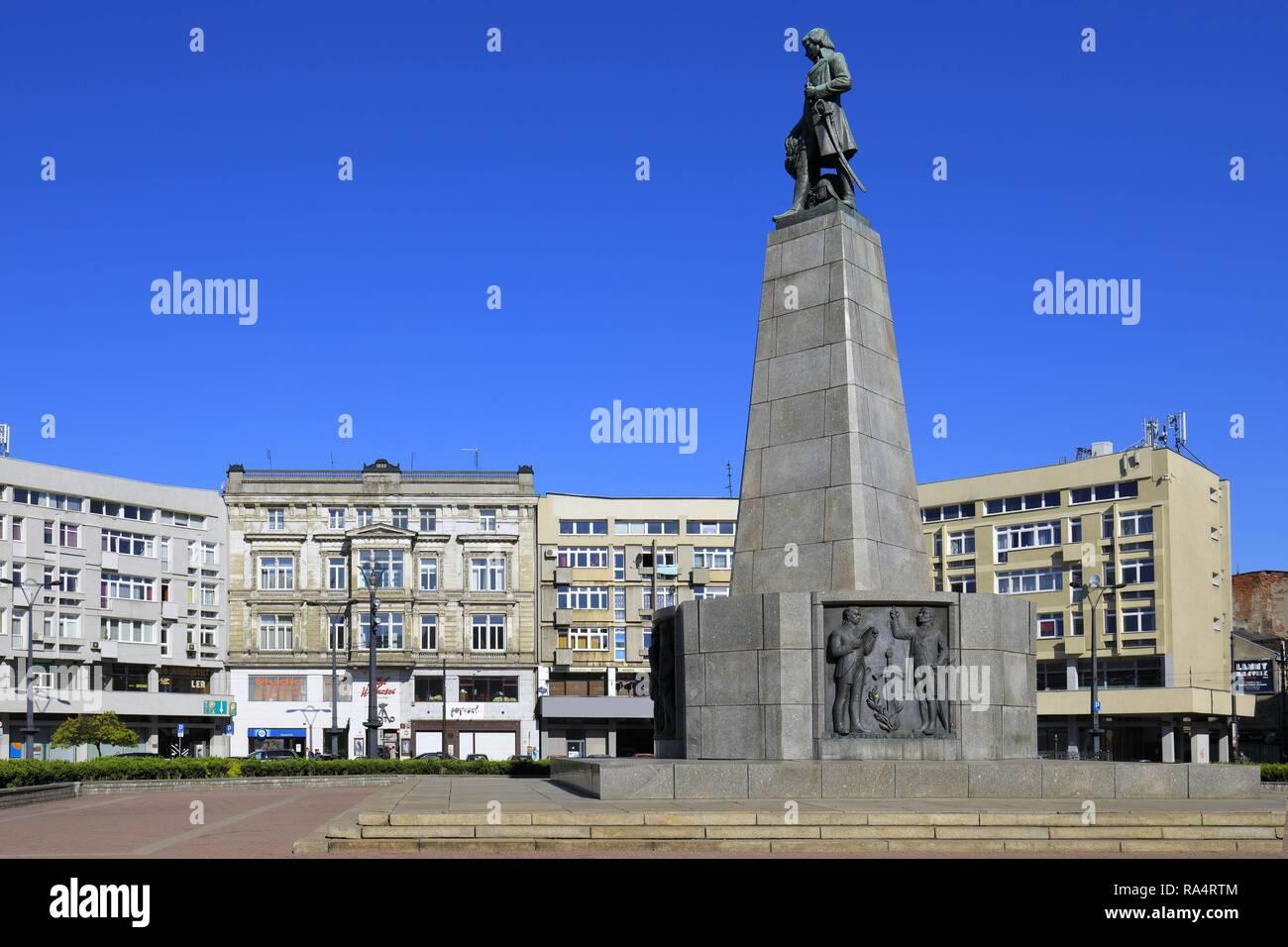 Lodz, Plac Wolnosci jako poczatek ulicy Piotrkowskiej i pomnik Tadeusza Kosciuszki Historic quarter of Lodz and Tadeusz Kosciuszko monument at the Wolnosci Freedom Square - Stock Image