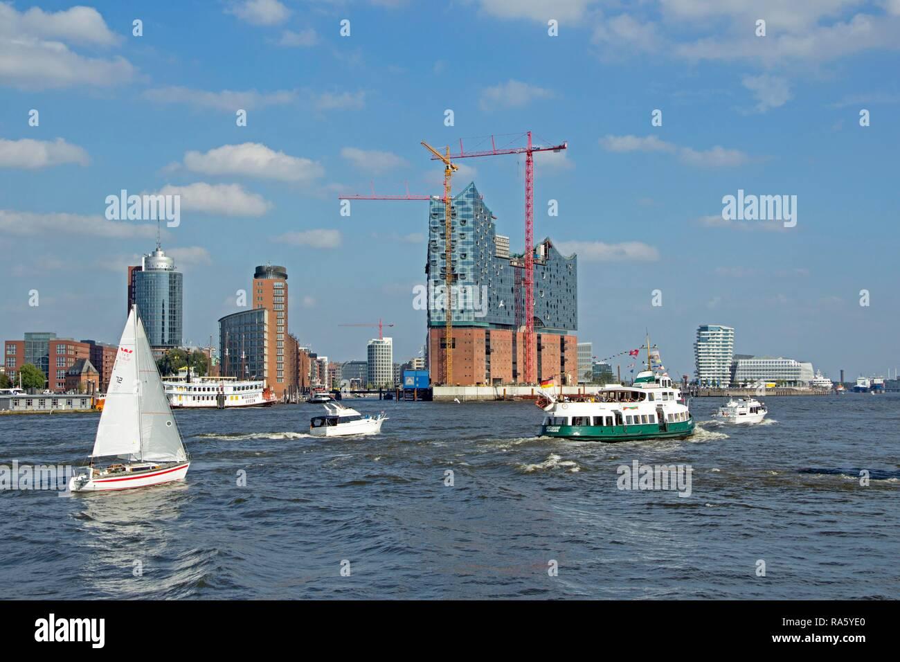 Elbe Philharmonic Hall, Marco Polo Tower and Unilever House, Hamburg - Stock Image