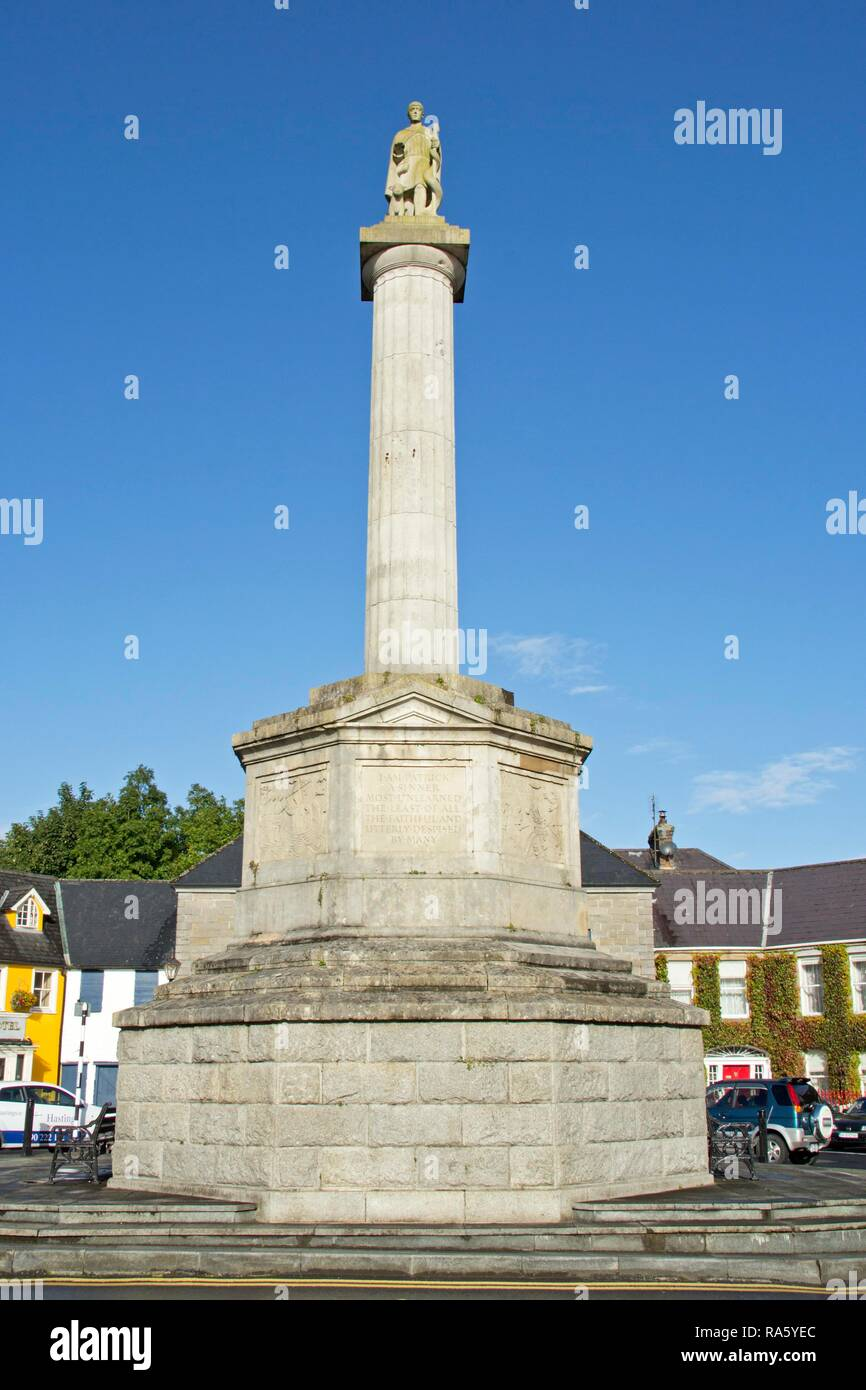 e0184b7e67636 Octagon, with the statue of St. Patrick, Westport, County Mayo, Ireland