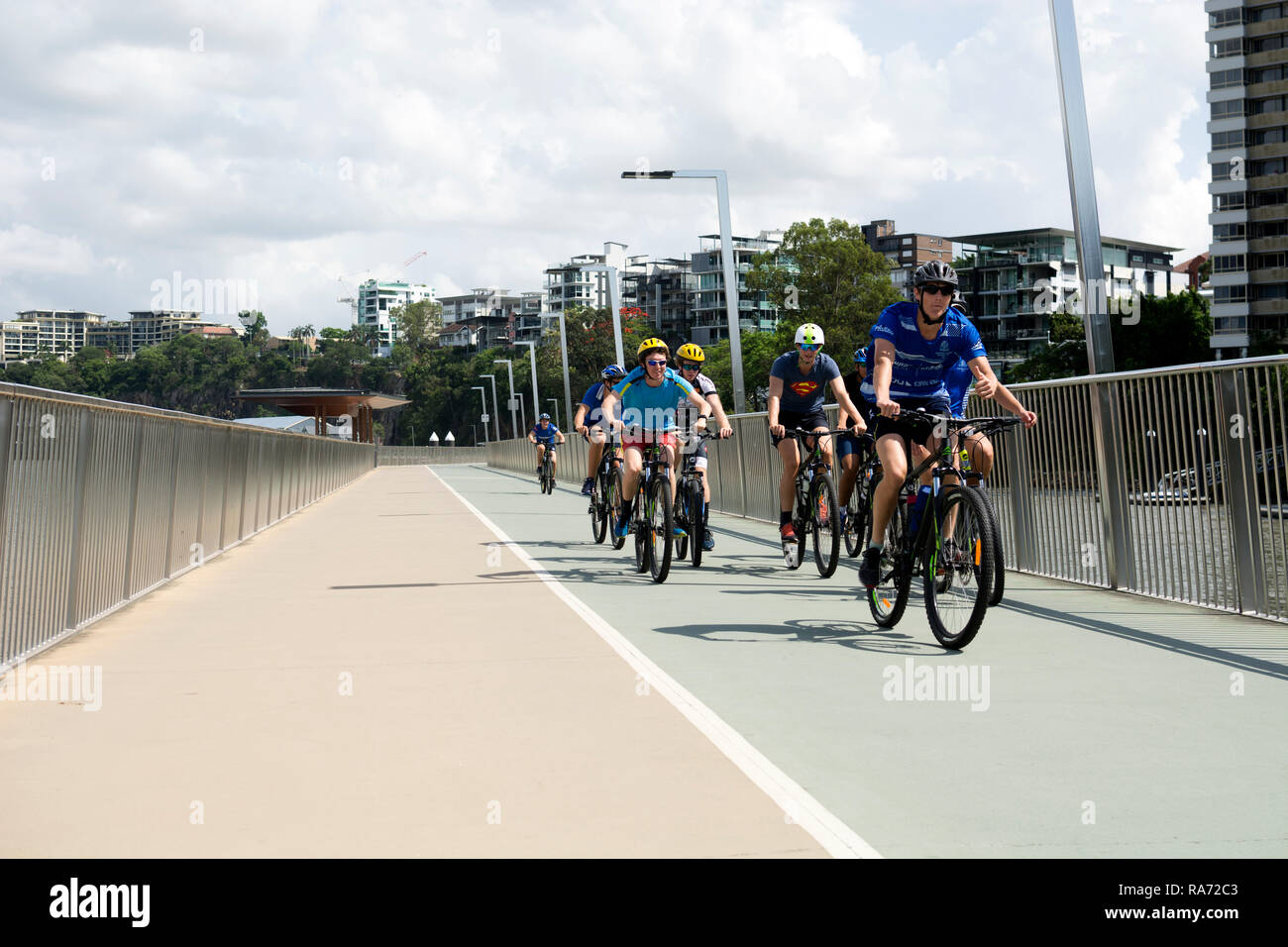 Cyclists on the Riverwalk, New Farm, Brisbane, Queensland, Australia - Stock Image