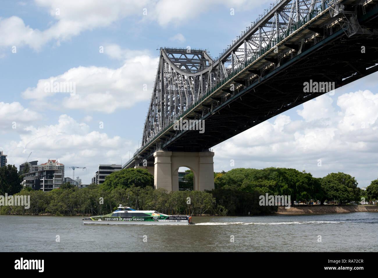 Story Bridge and CityCat ferry, Brisbane, Queensland, Australia - Stock Image