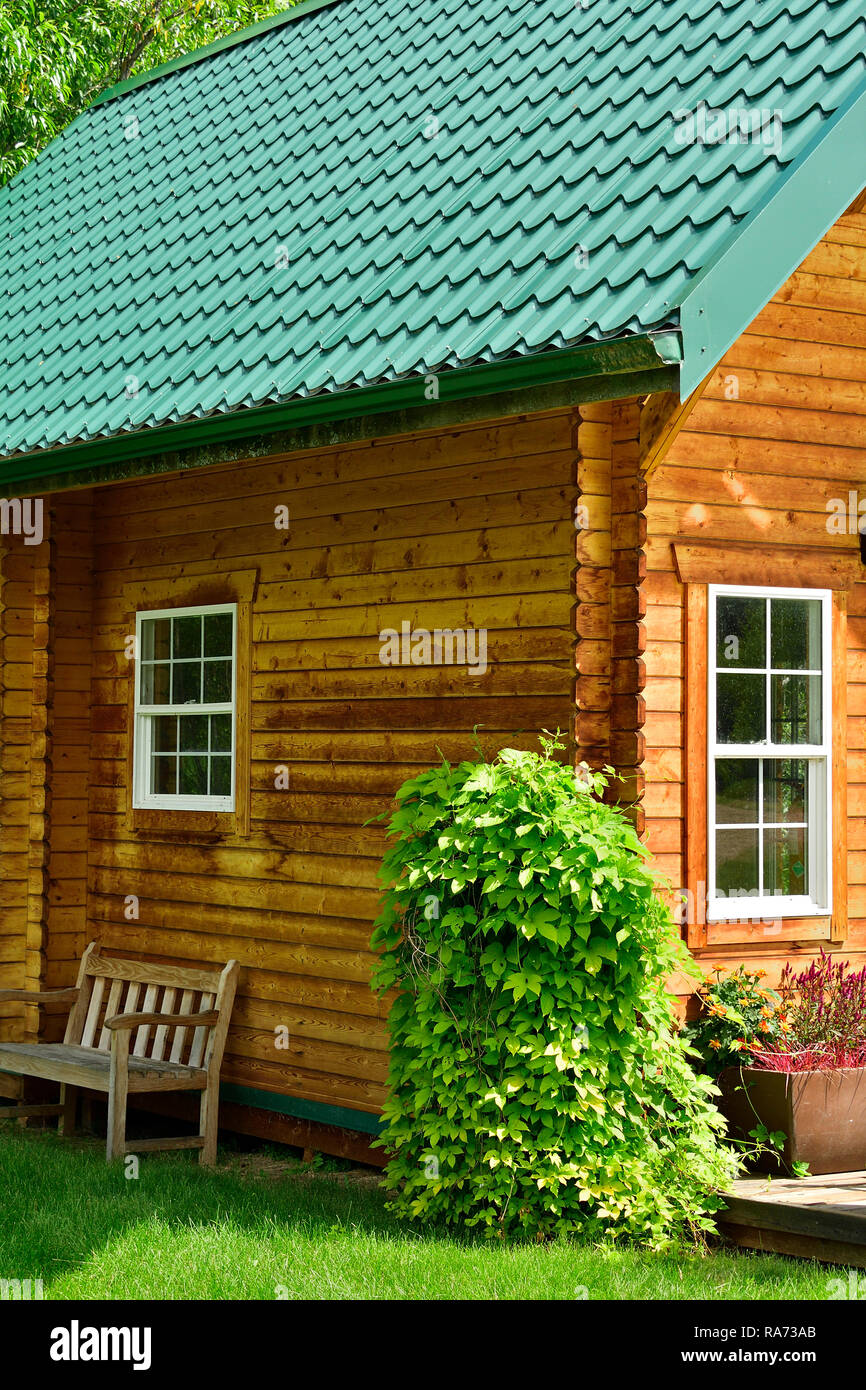 Admirable A Vertical Image Of A Beautiful Log Cabin In The Shining Sub Download Free Architecture Designs Scobabritishbridgeorg