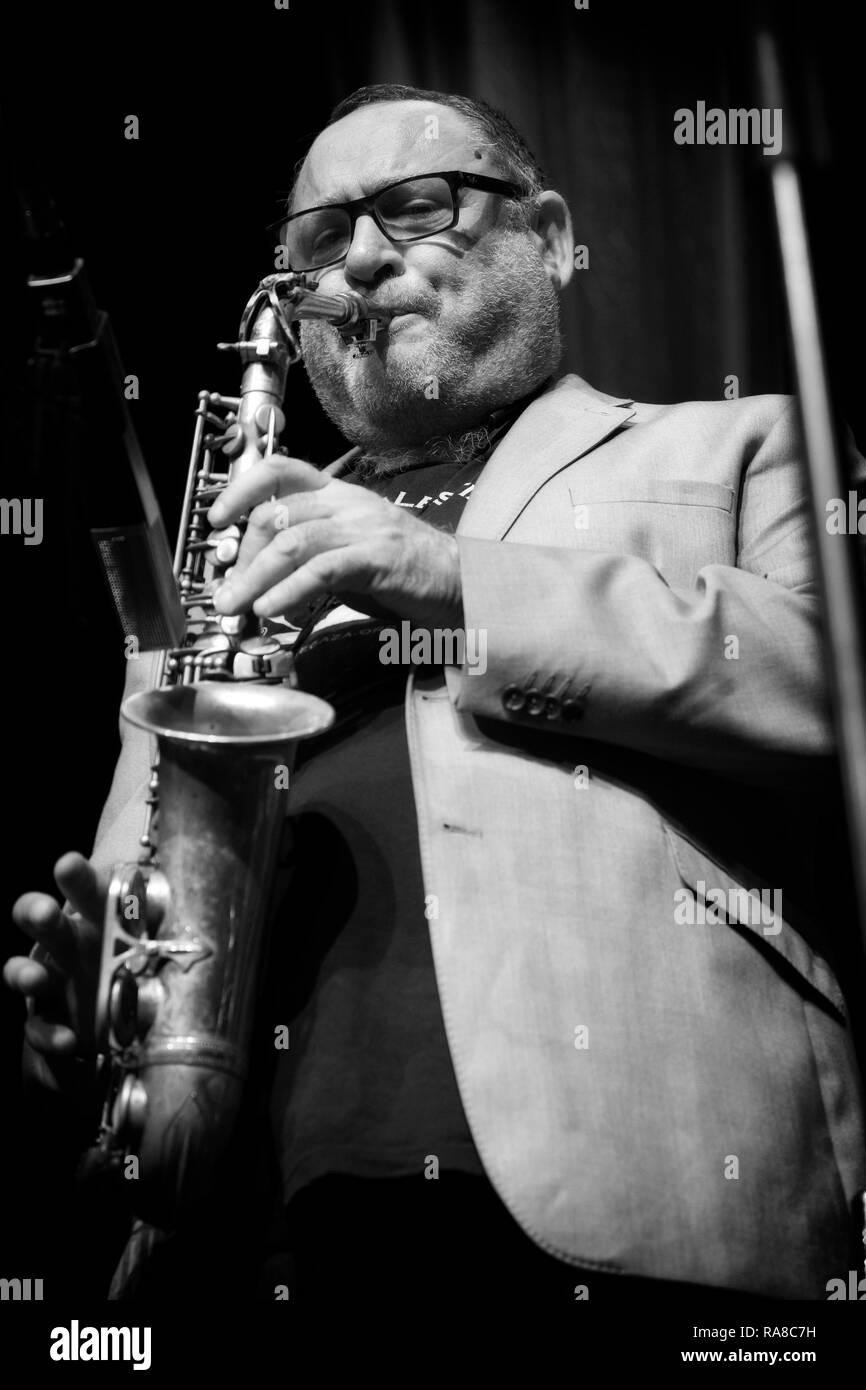 Alto Saxophone Stock Photos & Alto Saxophone Stock Images - Alamy