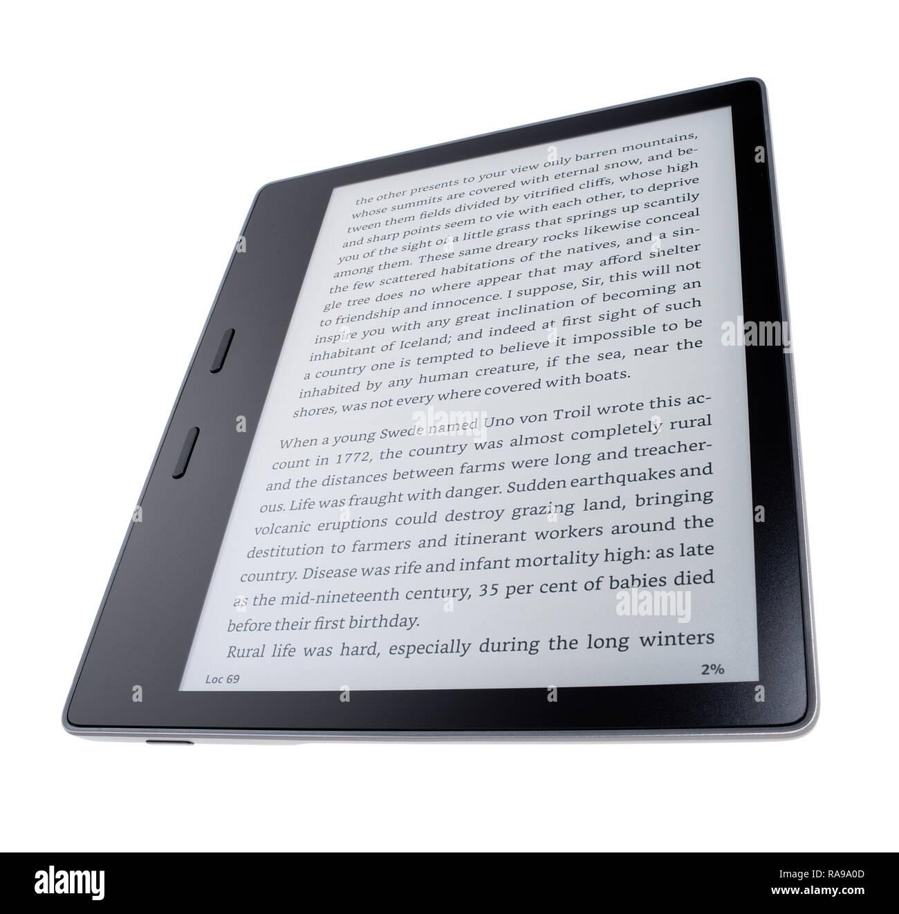 Ebook reader display, Kindle Oasis. - Stock Image