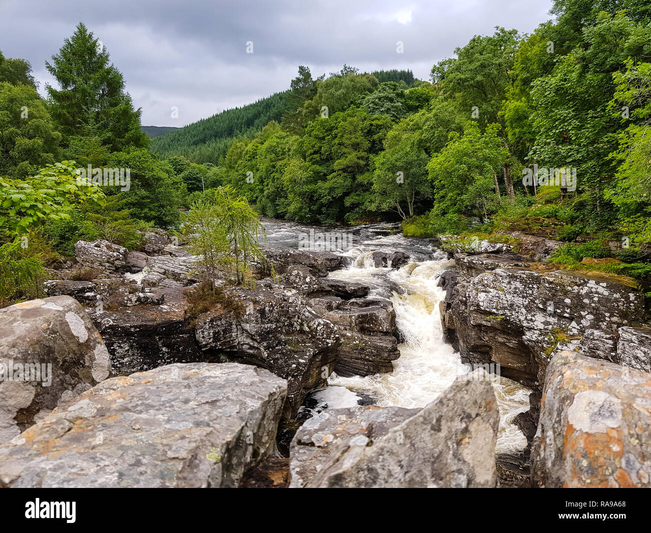 The stunning landscape surrounding the Great Glen Way in Scotland, United Kingdom. - Stock Image