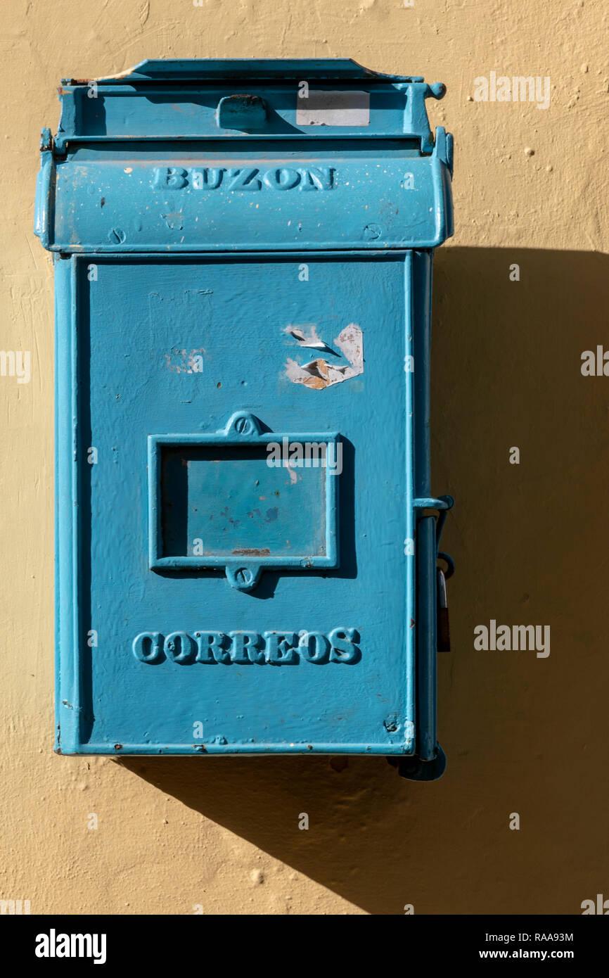 Mailbox, Calle Mercaderes, Habana Vieja, Havana Cuba - Stock Image