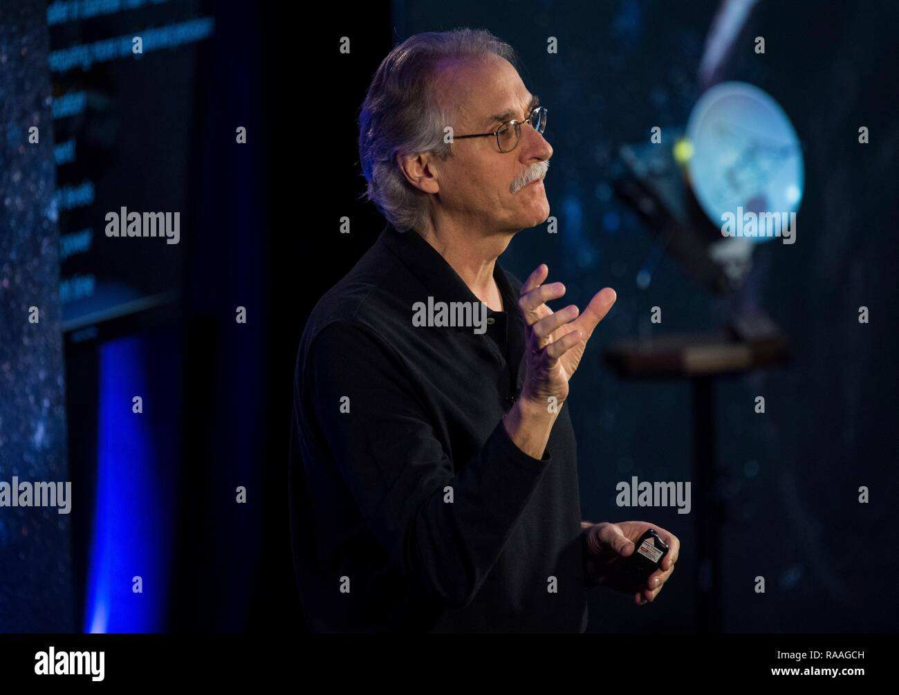 New Horizons co-investigator John Spencer during the press conference prior to the expected flyby of Ultima Thule by the spacecraft at Johns Hopkins University Applied Physics Laboratory December 31, 2018 in Laurel, Maryland. The flyby by the space probe occurred 6.5bn km (4bn miles) away, making it the most distant ever exploration of an object in our Solar System. Stock Photo