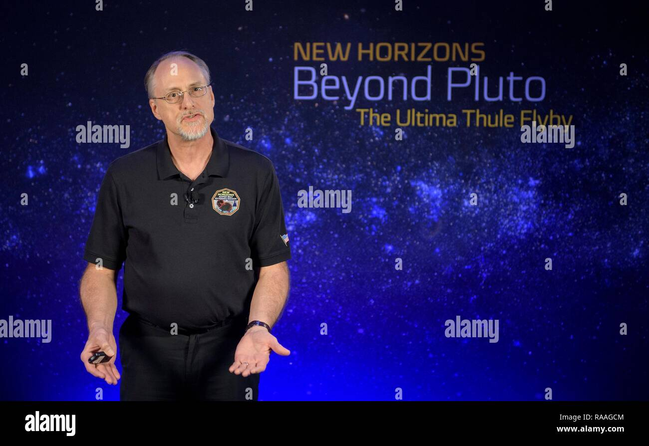 Marc Buie of the Southwest Research Institute during a briefing prior to the expected flyby of Ultima Thule by the New Horizon spacecraft at Johns Hopkins University Applied Physics Laboratory December 31, 2018 in Laurel, Maryland. The flyby by the space probe occurred 6.5bn km (4bn miles) away, making it the most distant ever exploration of an object in our Solar System. Stock Photo