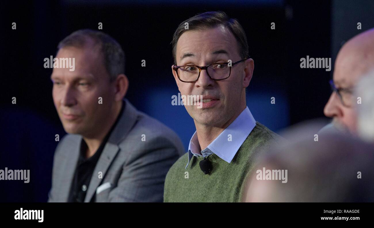 Olivier Barnouin, center, US Instrument Scientist, Johns Hopkins University/APL discusses the OSIRIS-REx mission during a briefing prior to the expected flyby of Ultima Thule by the New Horizon spacecraft at Johns Hopkins University Applied Physics Laboratory December 31, 2018 in Laurel, Maryland. The flyby by the space probe occurred 6.5bn km (4bn miles) away, making it the most distant ever exploration of an object in our Solar System. - Stock Image